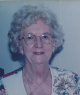Louise Piontek 001